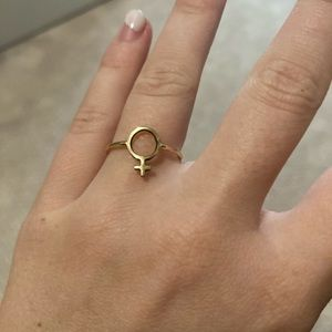 Female Sign Ring